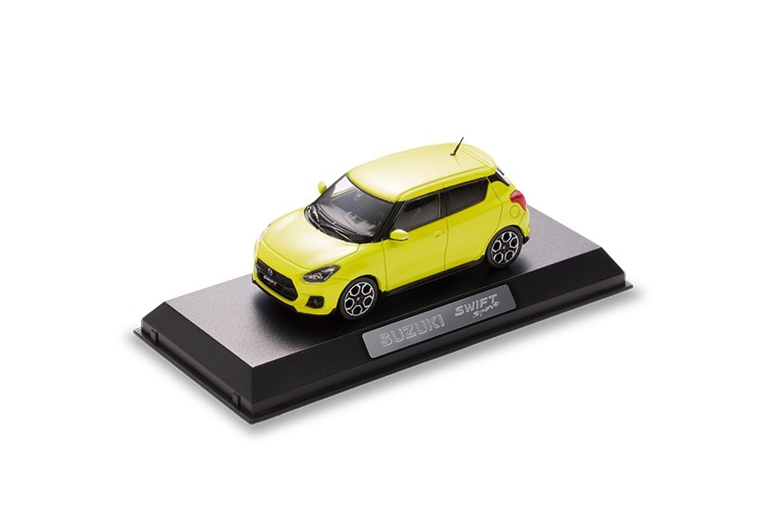 suzuki zubeh r suzuki swift sport modellauto new swift. Black Bedroom Furniture Sets. Home Design Ideas