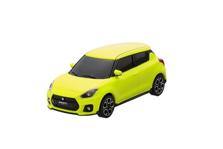Suzuki Swift Sport auto giocattolo con ritiro